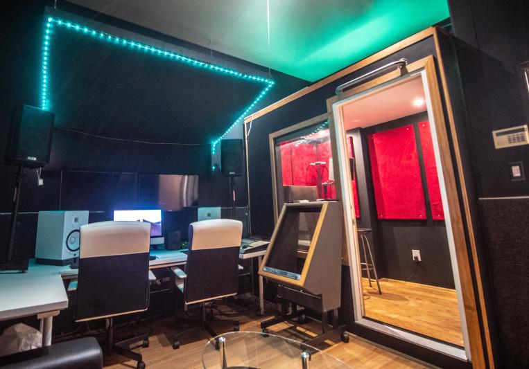 TC360 Premier Recording Studio on SoundBetter