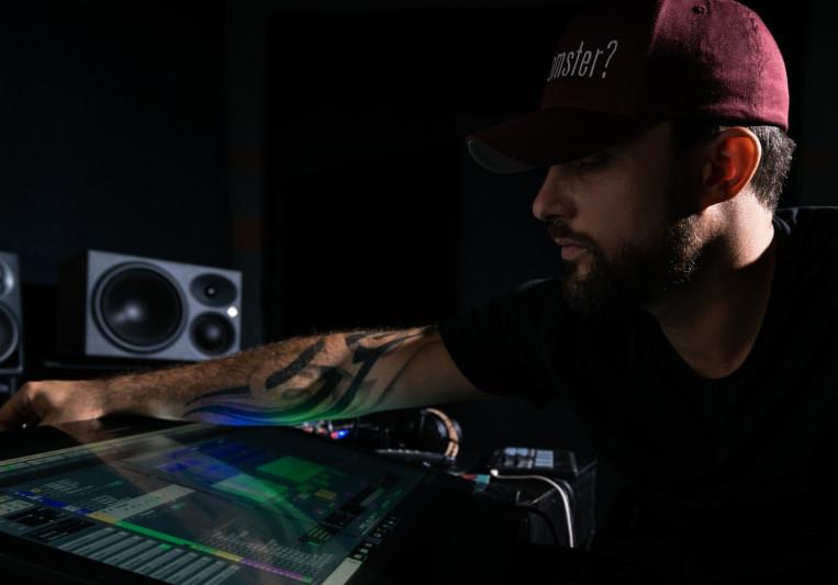 Raz Klinghoffer on SoundBetter