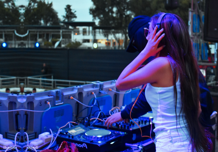 Isabelle Miranda on SoundBetter