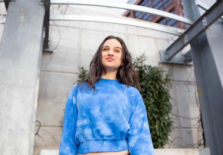 Chloe Dolandis on SoundBetter