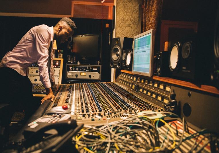 Jacob Gago on SoundBetter