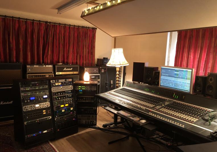 Alwyn The Mix Engineer on SoundBetter