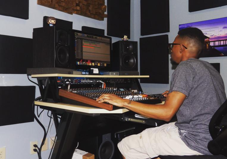 SoundAlarm Studio on SoundBetter