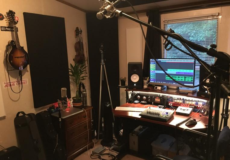 Chris Johnson. Studio B on SoundBetter