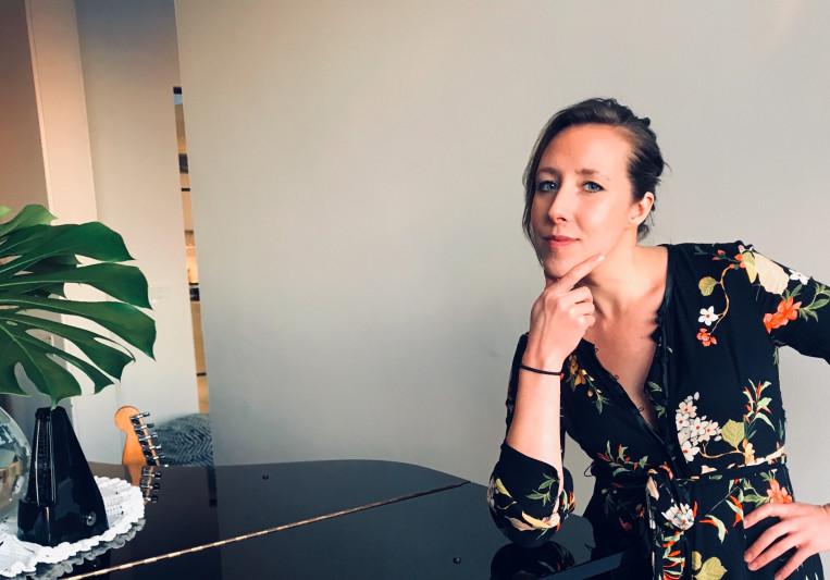 Emily H.- Singer/Songwriter on SoundBetter