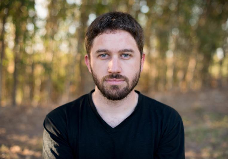 Román Lacrouts on SoundBetter