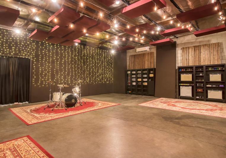 In Flight Music Studios on SoundBetter