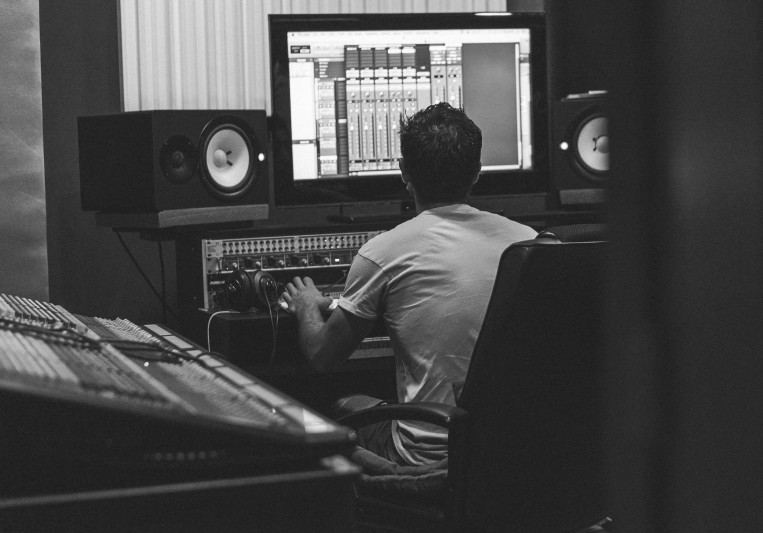 Eduardo Moreira on SoundBetter
