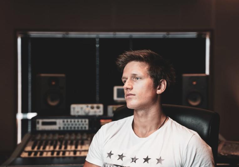 Jack Galloway - SkyTop Studios on SoundBetter