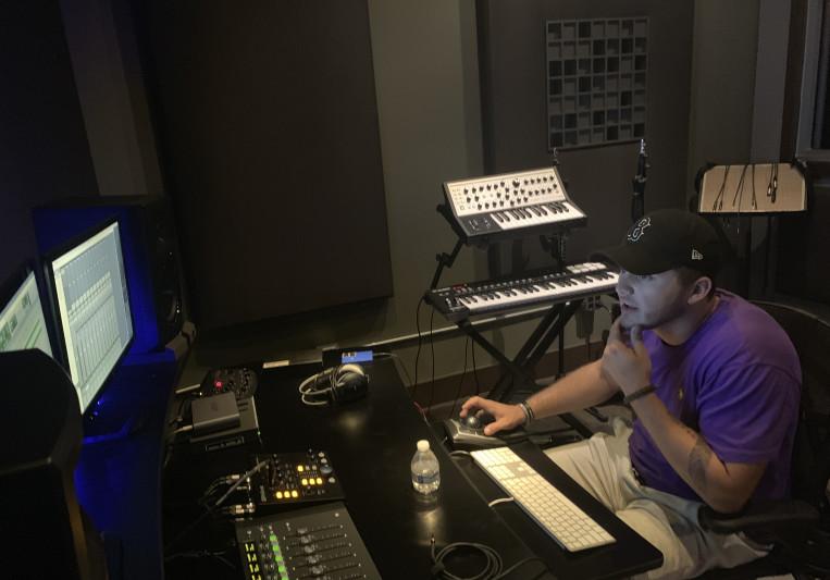 B.Cave on SoundBetter