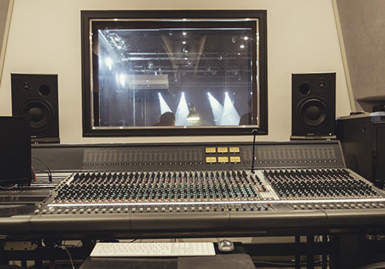 tkbass on SoundBetter