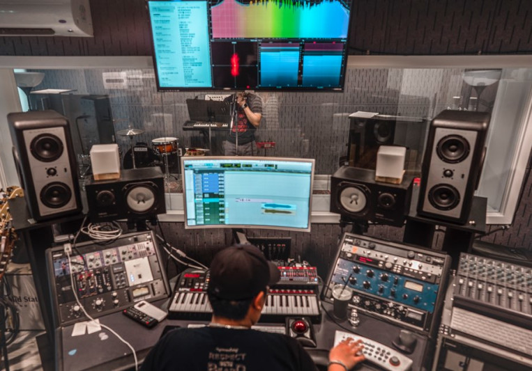 Jon S Kim on SoundBetter