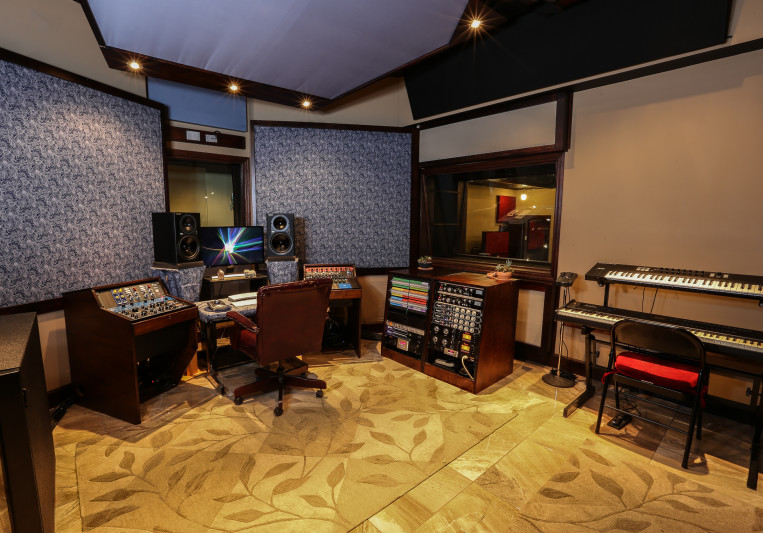 The Brickyard Recording Studio on SoundBetter