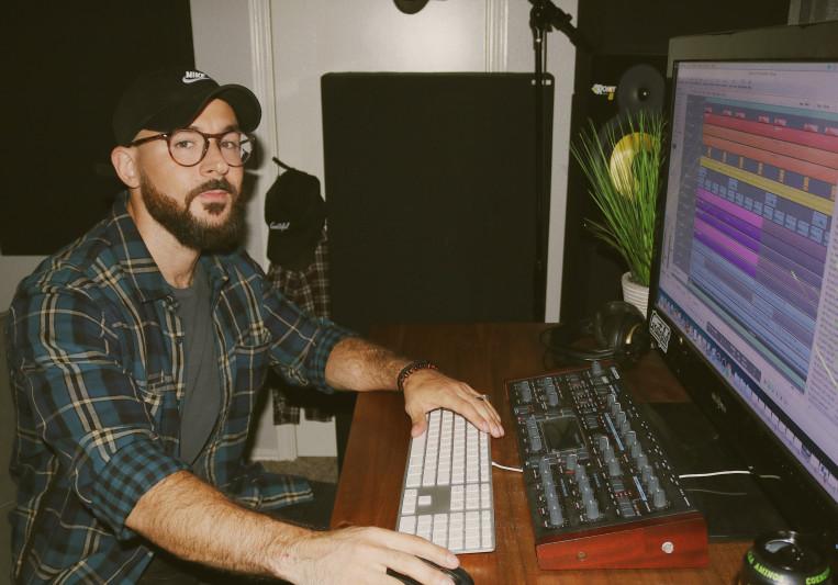 Chris Howland on SoundBetter