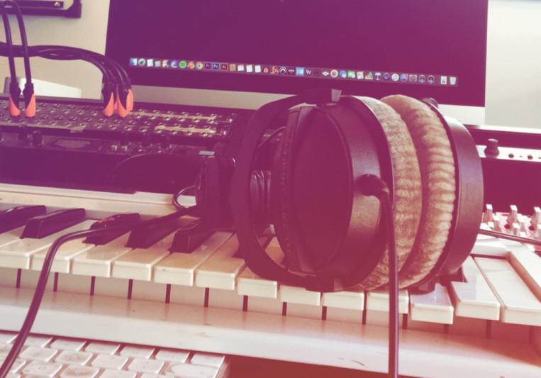 Las Flores Records on SoundBetter