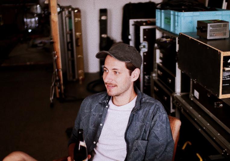 Simon De. on SoundBetter