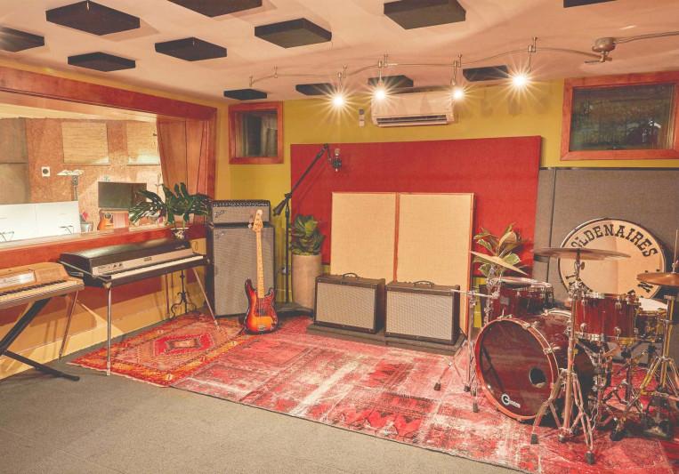 Safe & Sound Studios on SoundBetter