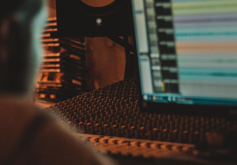 MixedByMauricio on SoundBetter