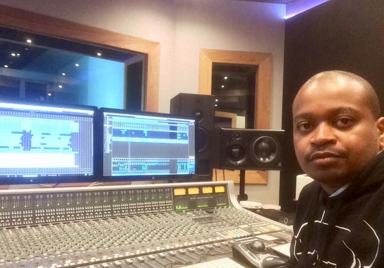 Michael Manitshana on SoundBetter
