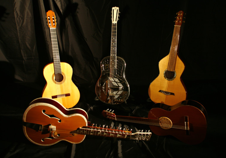 Fernando Perez, World Guitars on SoundBetter