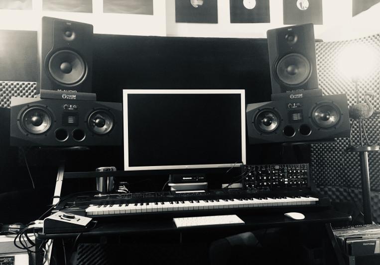 The Vault Pro Studio on SoundBetter
