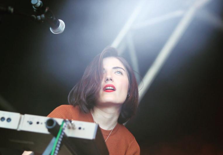 María - Cariño (singer) on SoundBetter