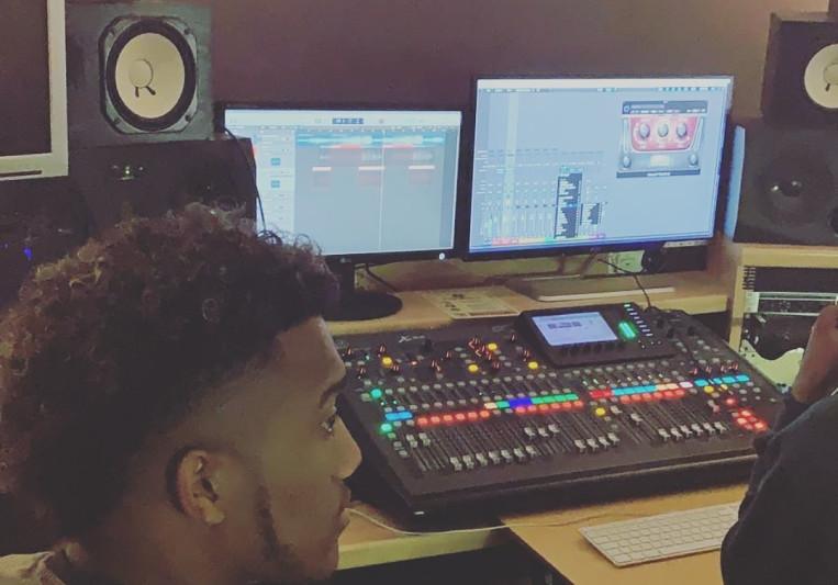 Benjobean on SoundBetter