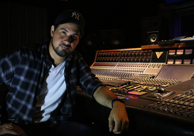 Mitch Kuhman on SoundBetter