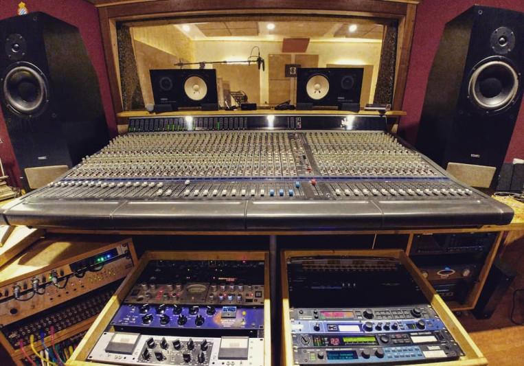 Kápita Studio on SoundBetter