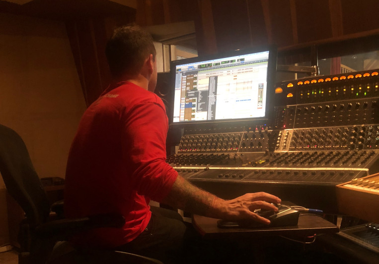 Khris Lorenz on SoundBetter