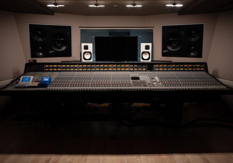 Chuck Carvalho on SoundBetter