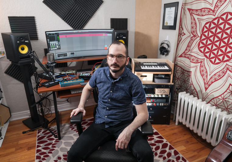 Max Deadroom on SoundBetter