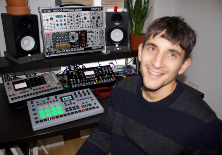 Davide Cuoghi on SoundBetter