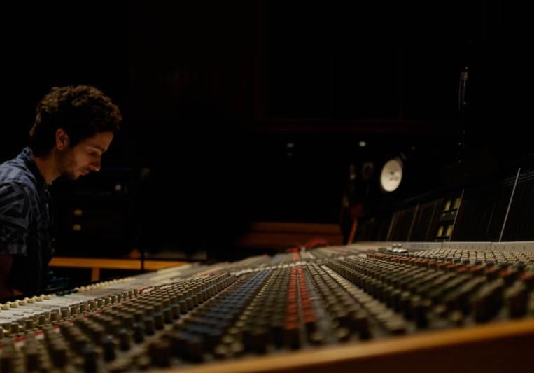 Robert Guillot on SoundBetter