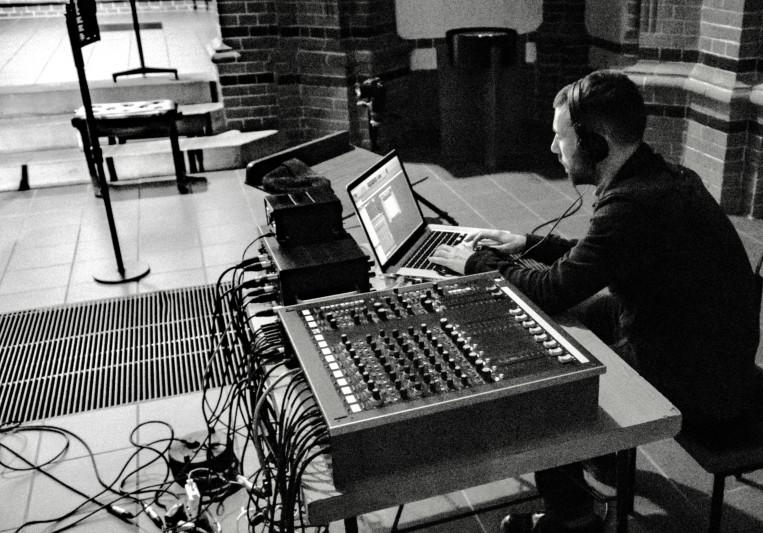 Friedrich Stoermer on SoundBetter