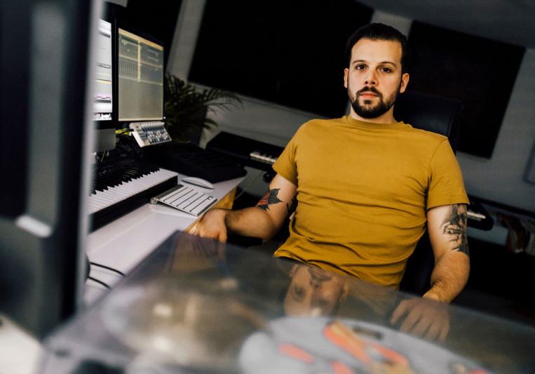 Tobias Kramer on SoundBetter