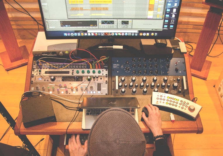 Pheek Audio on SoundBetter