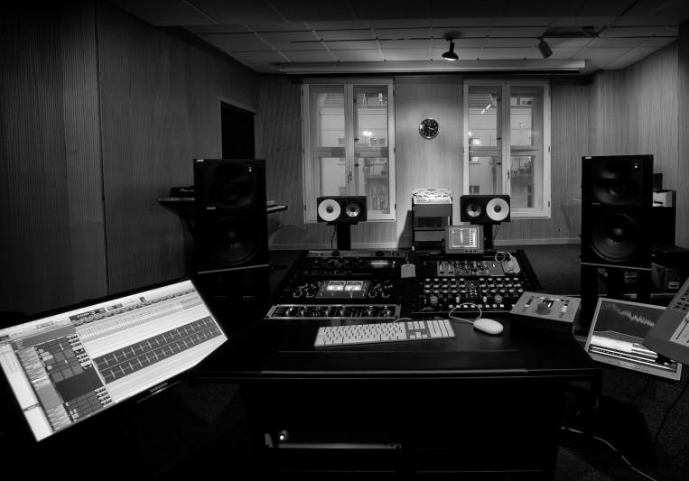Blackhead Studios on SoundBetter