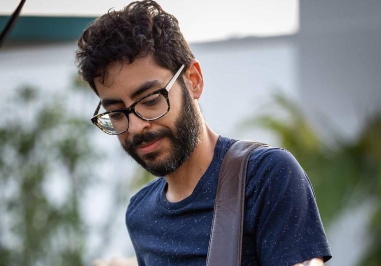 Enrique Hinojosa on SoundBetter