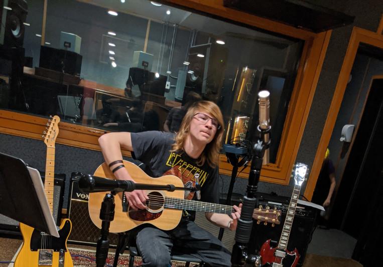 Ezra Graves on SoundBetter