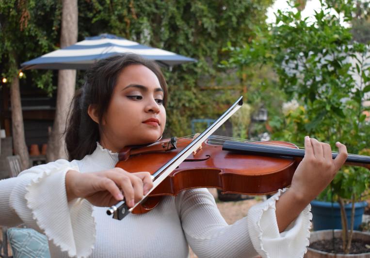 Lorenna Garcia on SoundBetter