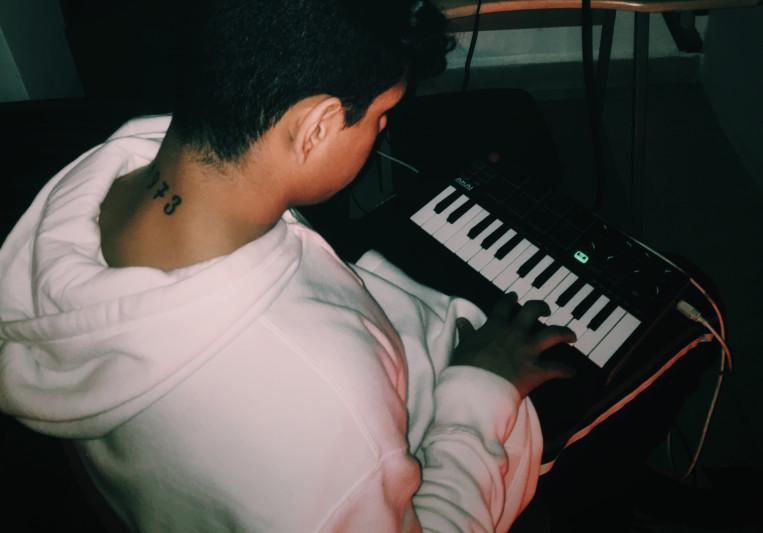 Santiago Weber on SoundBetter