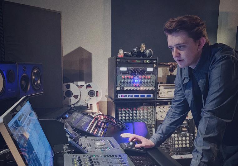 Devin Feldman on SoundBetter