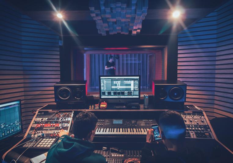Alejandro Prias on SoundBetter