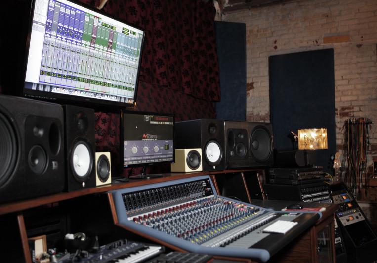 Voltiv Sound on SoundBetter