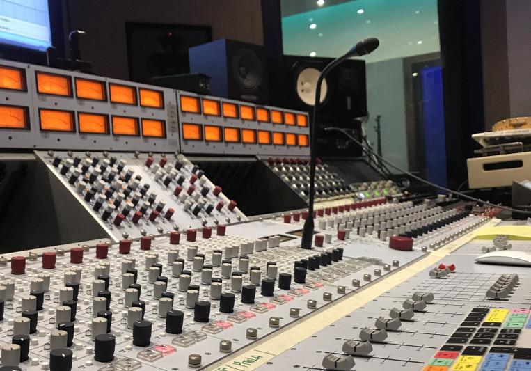 Arturo Piña on SoundBetter