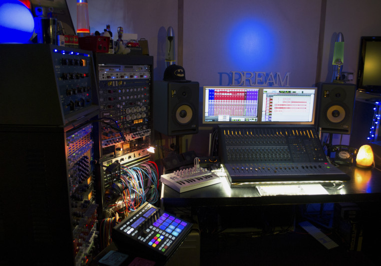 Subzero Studios on SoundBetter