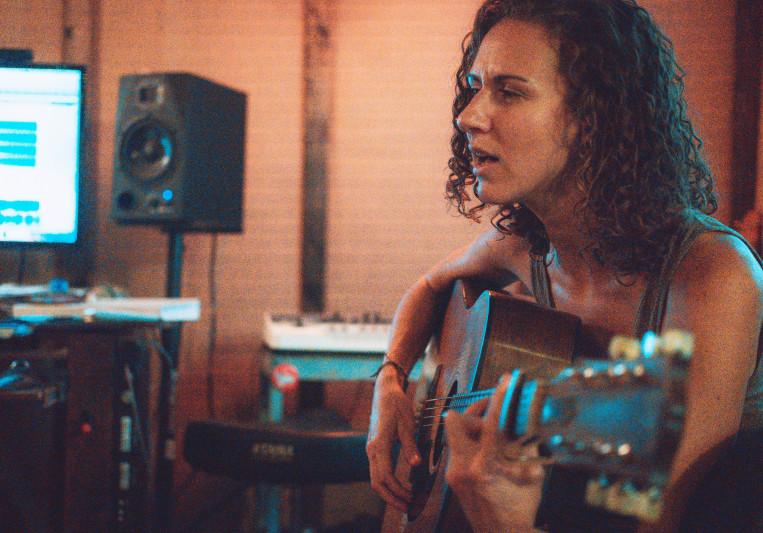 Tina Mathieu on SoundBetter