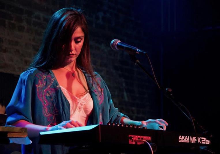 Adria Del Valle on SoundBetter