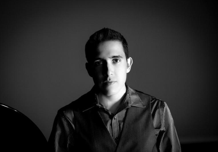 Carlos Abraham on SoundBetter